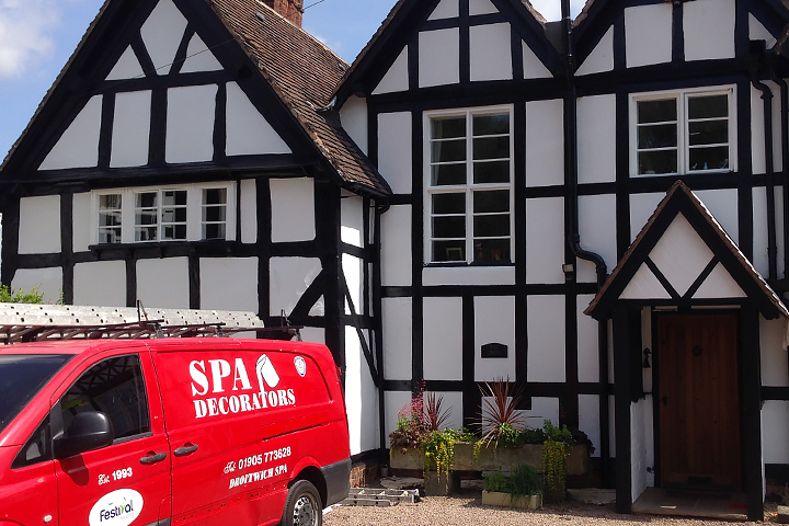 painter-and-decorator-in-Droitwich-Spa